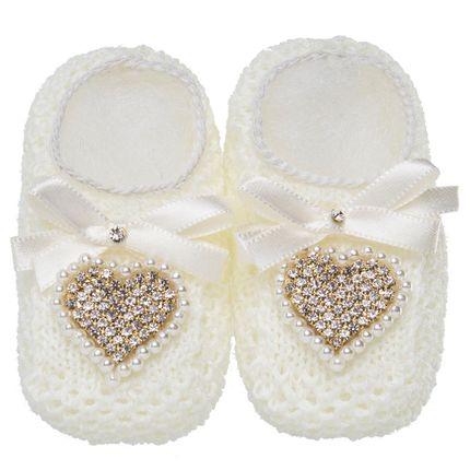 20530022031_A-moda-bebe-menina-sapatinho-tricot-coracao-strass-marfim-Roana