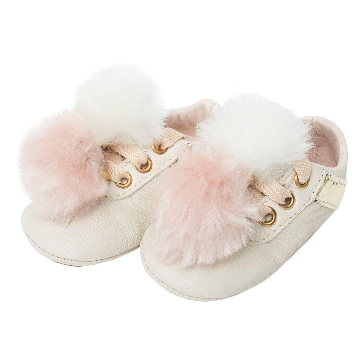 b83f03046a Tênis pompom em couro Marfim Dourado- Maria Caramelo no Bebefacil você  encontra uma grande variedade de sapatinhos para bebes - bebefacil