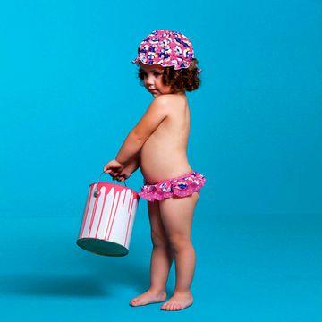 PK110200002_D-moda-praia-bebe-menina-conjunto-de-banho-calcinha-chapeu-em-lycra-pinguinzinha-puket-no-bebefacil-loja-de-roupas-enxoval-e-acessorios-para-bebes