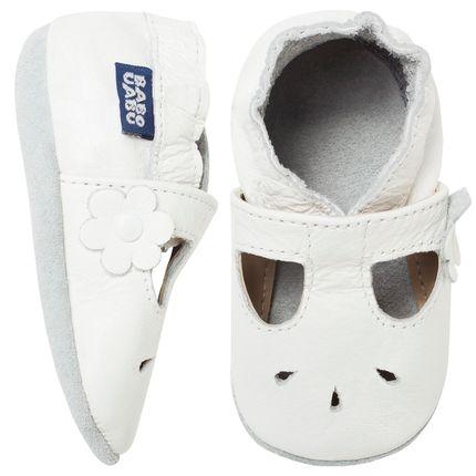 BABO63_A-sapatinho-bebe-menina-sandalia-boneca-em-couro-eco-branca-babo-uabu-no-bebefacil-loja-de-roupas-enxoval-e-acessorios-para-bebes