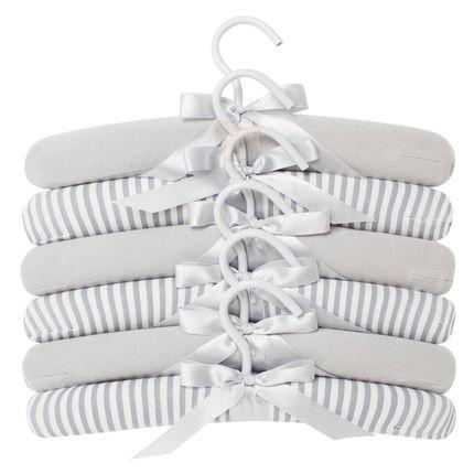 E11406-14-4203_A-enxoval-e-maternidade-aceesorios-cabide-little-dreamer-cinza-hug-no-bebefacil-loja-de-roupas-enxoval-e-acessorios-para-bebes