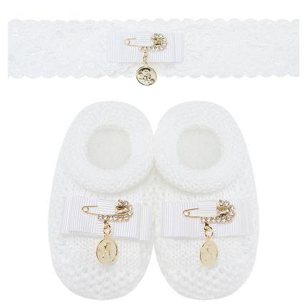 01427001_A-moda-bebe-menina-sapatinho-tricot-faixa-renda-branco-alfinete-anjinho-batizado-roana-no-bebefacil-loja-de-roupas-enxoval-e-acessorios-para-bebes