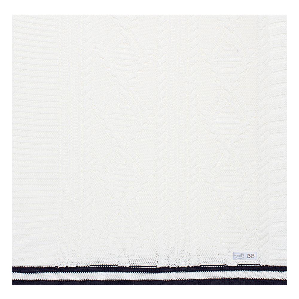 BB2932S_A-enxoval-e-maternidade-bebe-menino-manta-tricot-trancado-branco-marinho-beth-bebe-no-bebefacil-loja-de-roupas-enxoval-e-acessorios-para-bebes