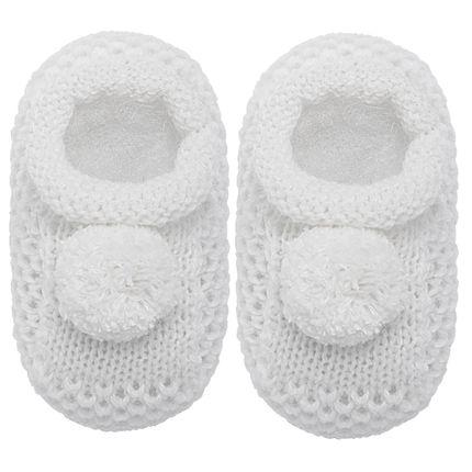 01018003001_A-sapatinho-bebe-menino-menina-sapatinho-tricot-pom-pom-branco-roana-no-bebefacil-loja-de-roupas-enxoval-e-acessorios-para-bebes