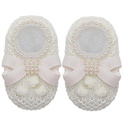 01438016031_A-sapatinho-bebe-menina-sapatinho-tricot-laco-perolas-e-pom-pom-marfim-roana-no-bebefacil-loja-de-roupas-enxoval-e-acessorios-para-bebes