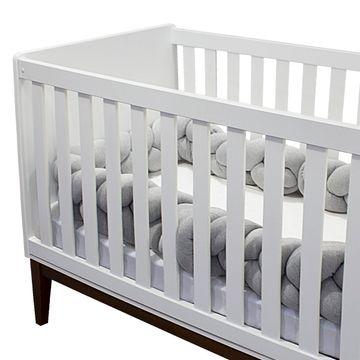 A2045-A3017_B-enxoval-e-maternidade-bebe-menino-menina-kit-lateral-de-berco-trancada-cinza-lencol-de-baixo-e-fronha-branca-hug-no-bebefacil-loja-de-roupas-enxoval-e-acessorios-para-bebes