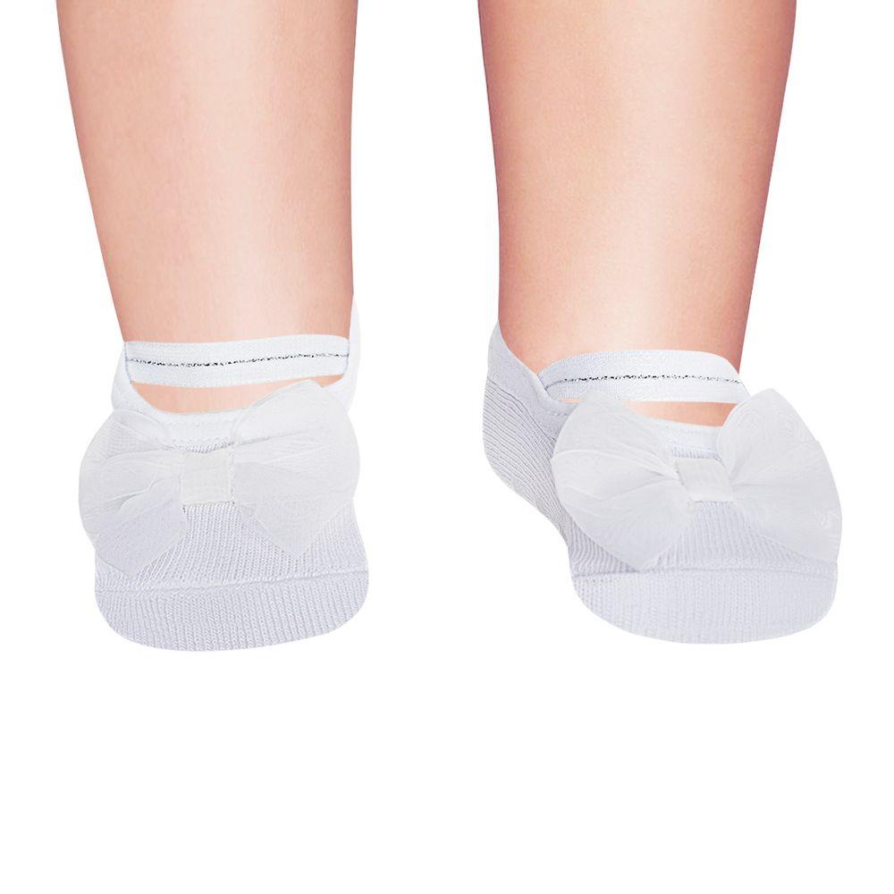 PK6939-LPR-010101607_A-moda-bebe-menina-meia-sapatilha-laco-branca-puket-no-bebefacil-loja-de-roupas-enxoval-e-acessorios-para-bebes