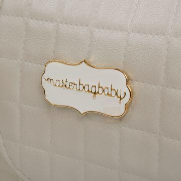 MB11BUN238.18-P-Frasqueira-para-bebe-Emy-Bunny-Ouro---Masterbag
