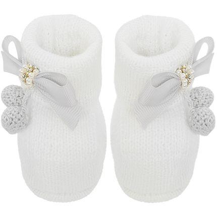 01419021001-B-sapatinho-bebe-menina-botinha-tricot-laco-e-pompom-branco-roana-no-bebefacil-loja-de-roupas-enxoval-e-acessorios-para-bebes