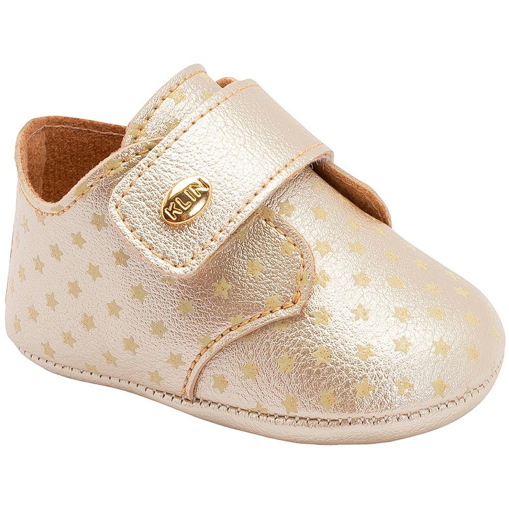 KN208408000-A-Tenis-c-velcro-para-bebe-Stars-Dourado---Klin