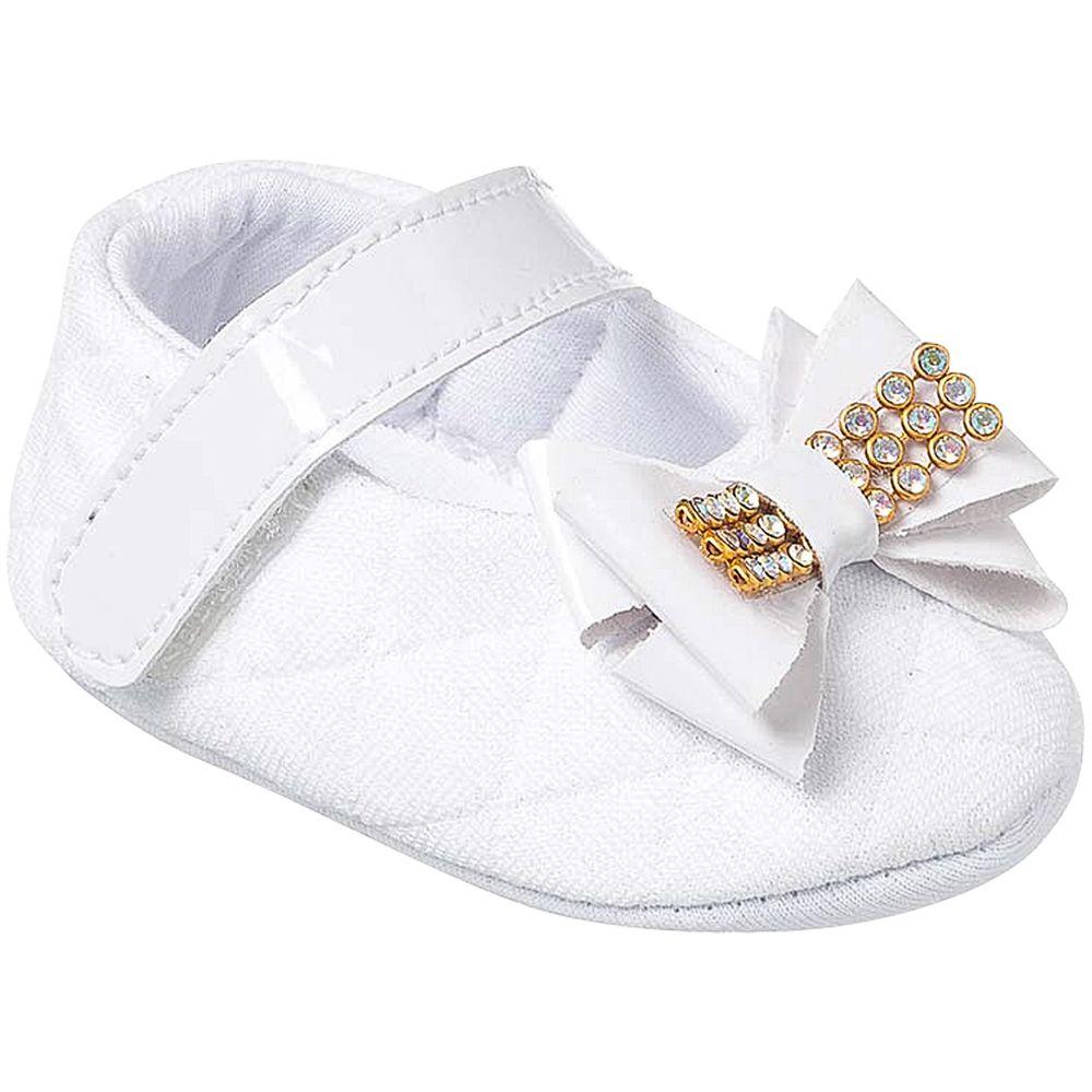 KB1163-8-A-sapatinhos-bebe-menina-sapatilha-matelasse-laco-branco-keto-keto-baby-no-bebefacil-loja-de-roupas-enxoval-e-acessorios-para-bebes