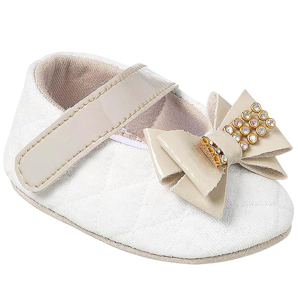KB1163-21-A-sapatinhos-bebe-menina-sapatilha-matelasse-laco-bege-keto-keto-baby-no-bebefacil-loja-de-roupas-enxoval-e-acessorios-para-bebes