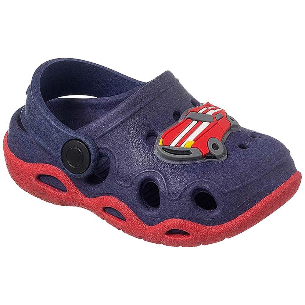 KB26002-147-A-sapatinhos-bebe-menino-sandalia-babuche-marinho-vermelho-carrinho-keto-baby-no-bebefacil-loja-de-roupas-enxoval-e-acessorios-para-bebes