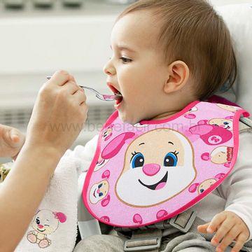 30040309010001-B-Babador-Anatomico-para-bebe-em-atoalhado-Cachorrinha---Fisher-Price