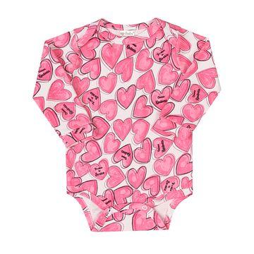 43119-AB1231-A-moda-bebe-menina-body-longo-em-suedine-coracao-up-baby-no-bebefacil-loja-de-roupas-enxoval-e-acessorios-para-bebes