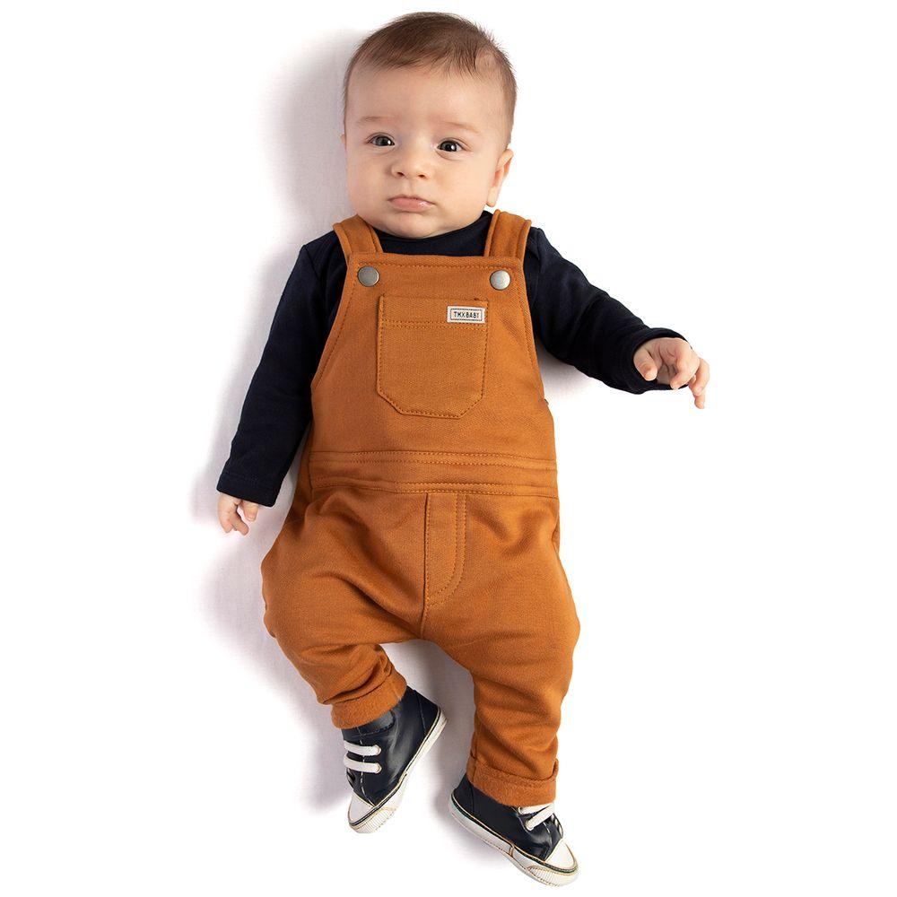 TMX4110-MC-moda-bebe-menino-jardineira-com-body-longo-em-moletinho-marinho-caramelo-TMX-no-bebefacil